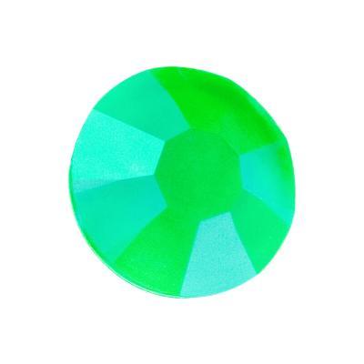 Preciosa Maxima Crystal Neon Green under UV Light